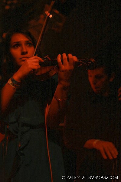 Paran Amirinazari, Beat Circus 2009 Knitting Factory NYC, photo by Fairytale Vegas