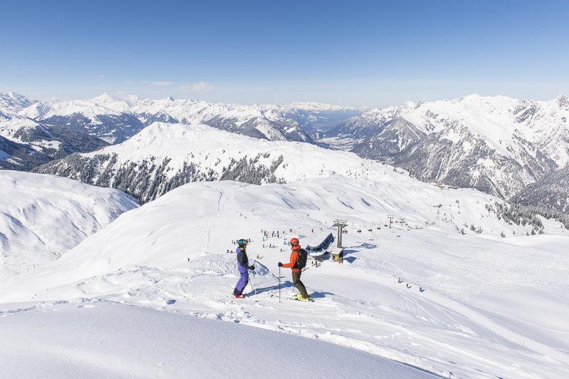 Blick auf das Skigebiet Sonnenkopf (c)  Alex Kaiser - Klostertal Tourismus.jpg