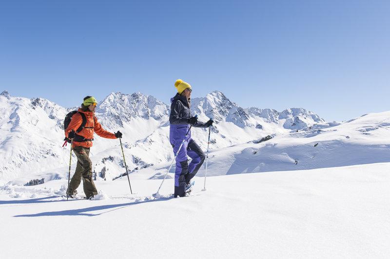 Schneeschuhwandern zum Muttjöchle (c)  Alex Kaiser - Klostertal Tourismus.jpg