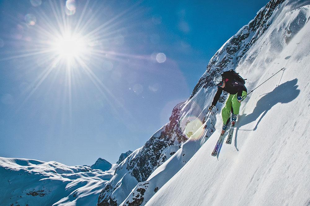 Lech+Zuers+am+Arlberg_Langer+Zug+by+Sepp+Mallaun.jpg