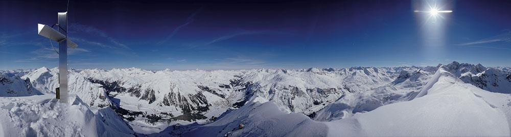 Lech+Zuers+am+Arlberg+Panorama+Gipfelkreuz+Omeshorn+by+Alex+Kaiser+%28c%29LZTG.jpg