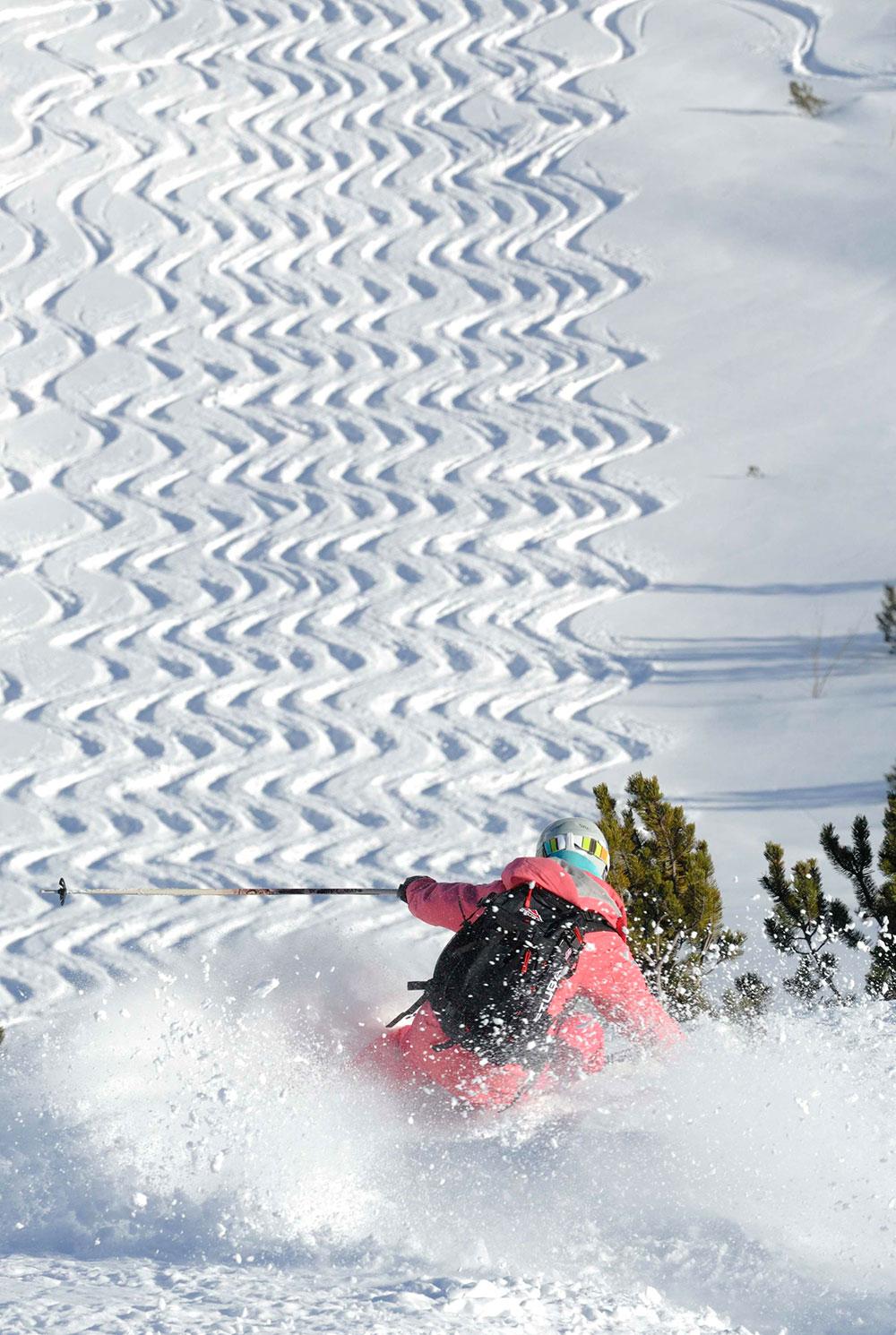 Lech+Zuers+am+Arlberg+Skifahrerin+bei+Wiesele+by+Sepp+Mallaun+%28c%29+LZTG.jpg