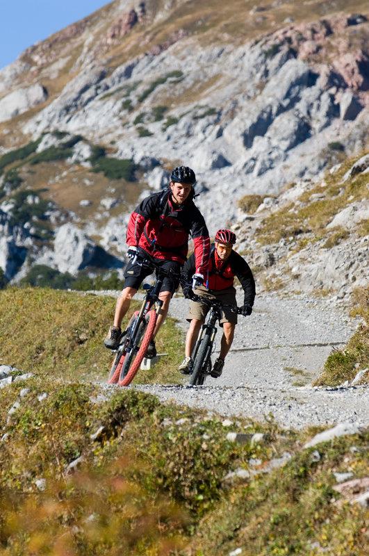Mountainbiken (c)  Alexander Kaiser -  _Alpenregion Bludenz Tourismus GmbH.jpg