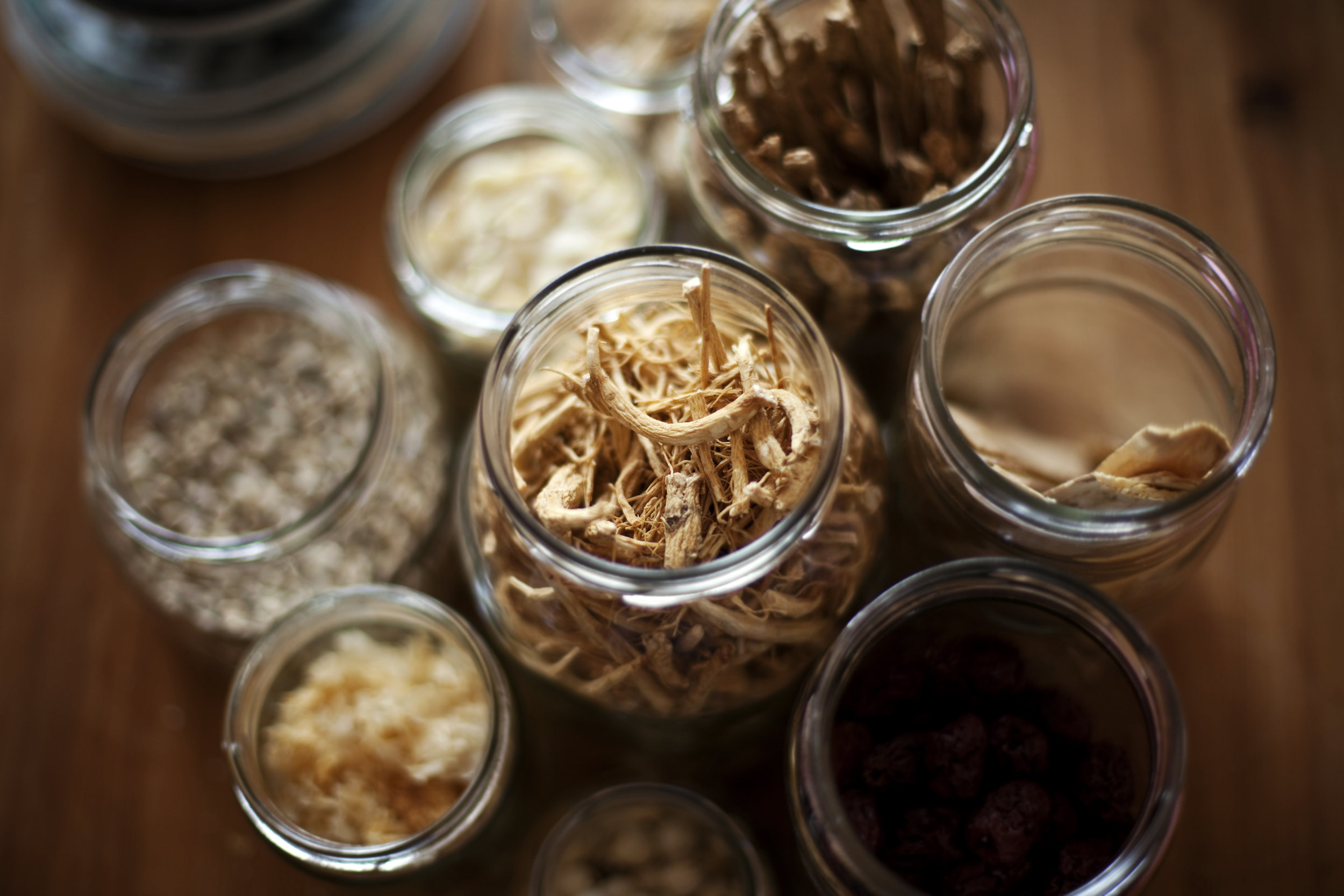 herbs & diet - · Ancient medicine, modern practices and research· Natural, safe, and effective· Holistic and individually tailored
