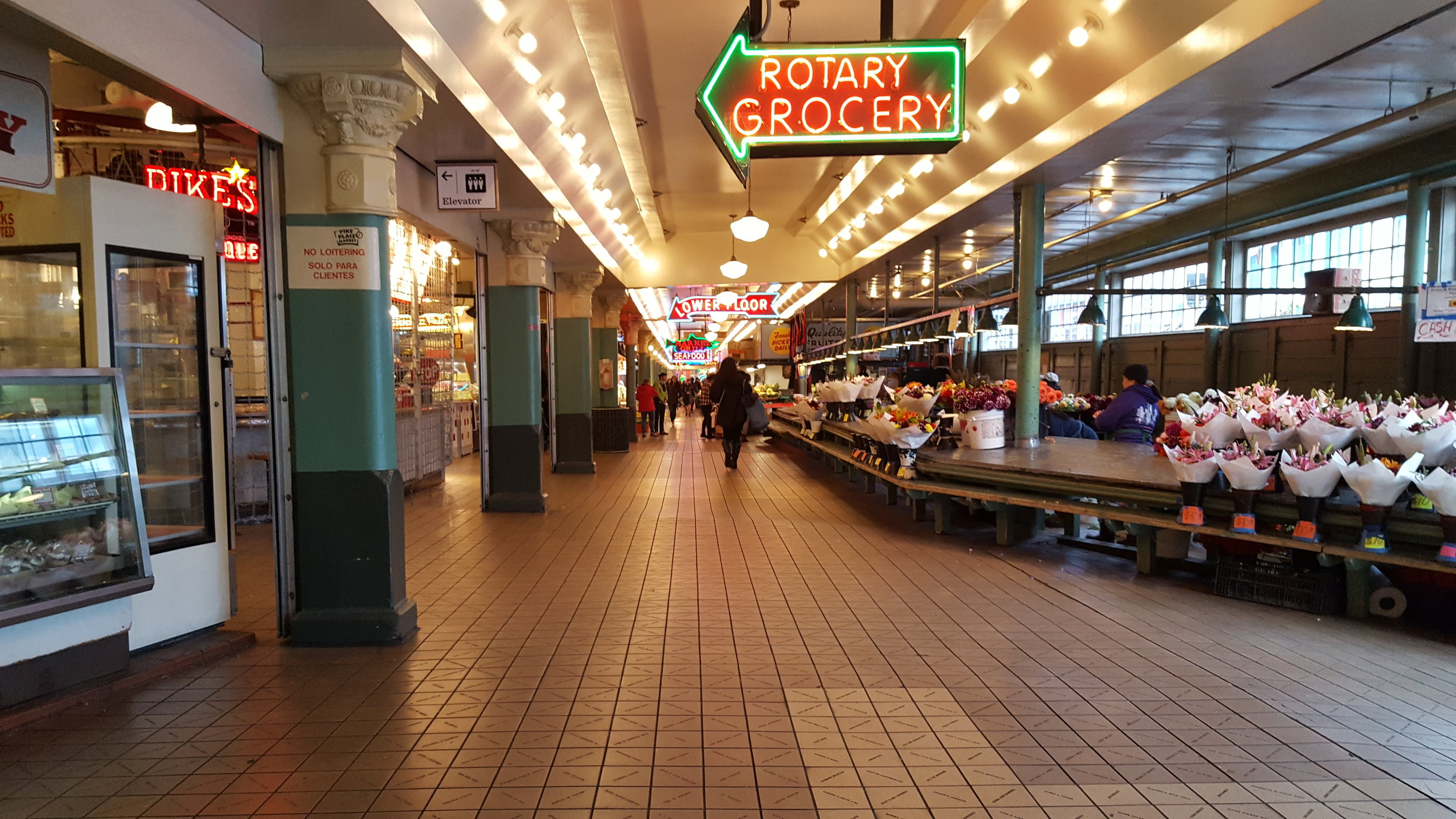 Pikes Place Market (2016)