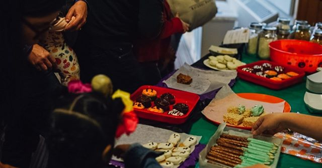 Sweet-toothed community members beware: the fall-themed treats are abundant at the #fauntleroyfallfestival  Photos from our 2018 festival by the talented @danielleraneyphotography
