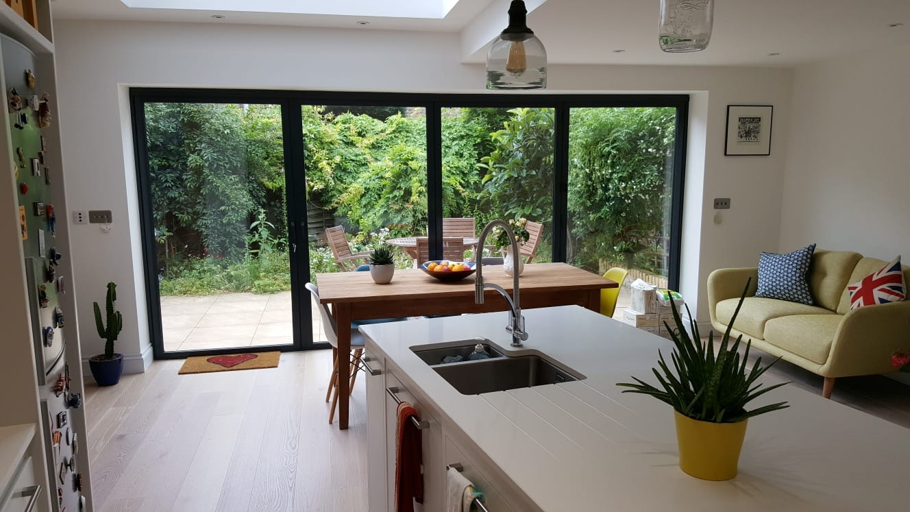 KITCHEN, BIFOLD DOORS.jpg