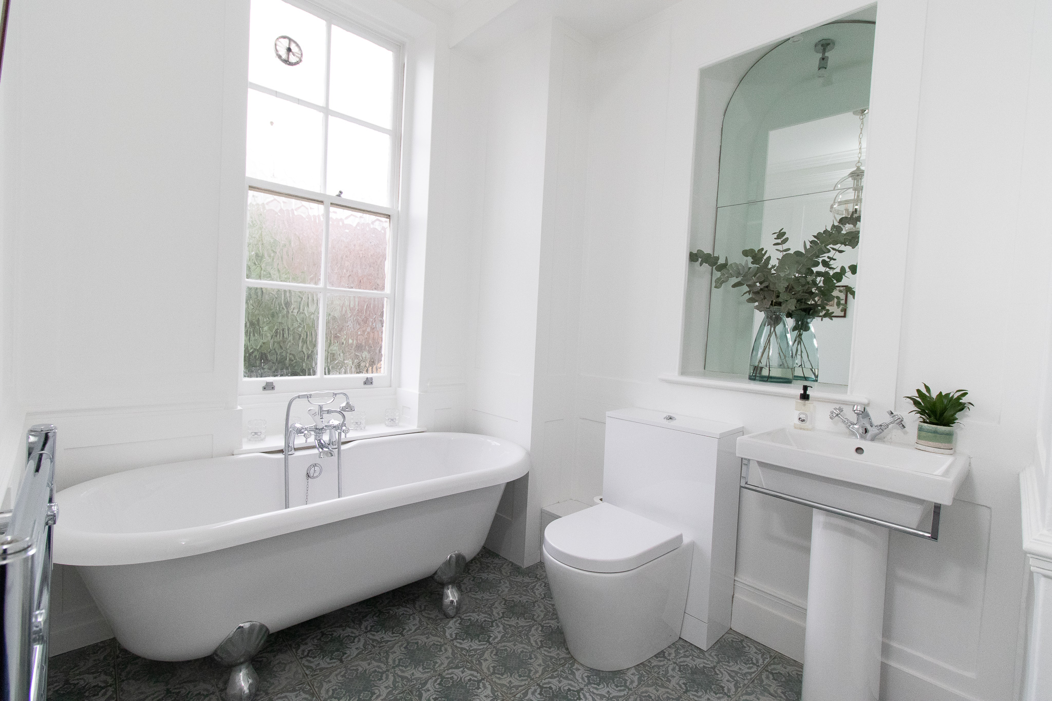WHITE BATHROOM, CLAWFOOT BATHTUB, GREY TILE, PRSTIGE BUILD, RENOVATION.jpg