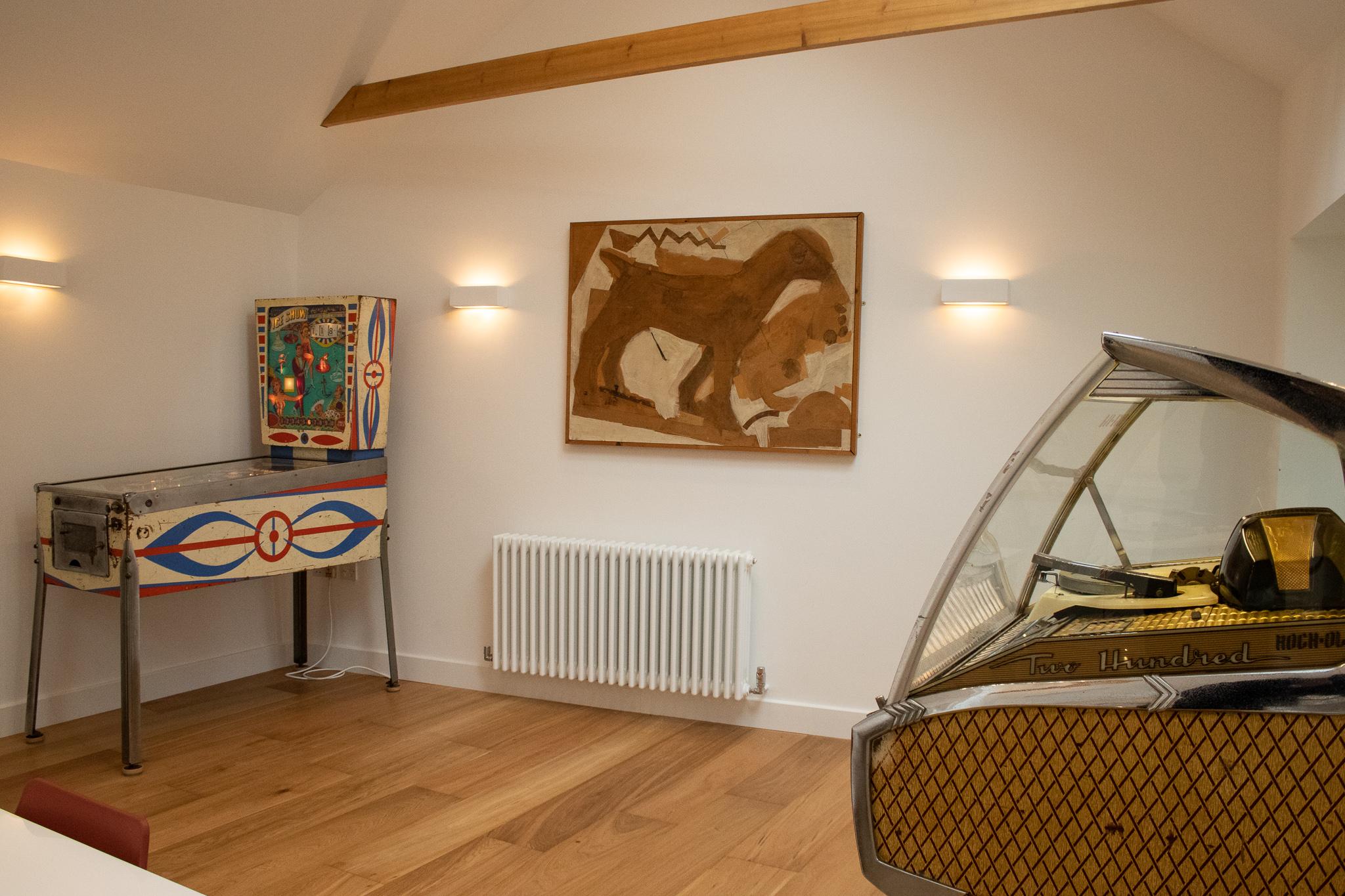 CAMBERWELL, VINTAGE ARCADE, ARTWORK, WHITE ROOM.jpg