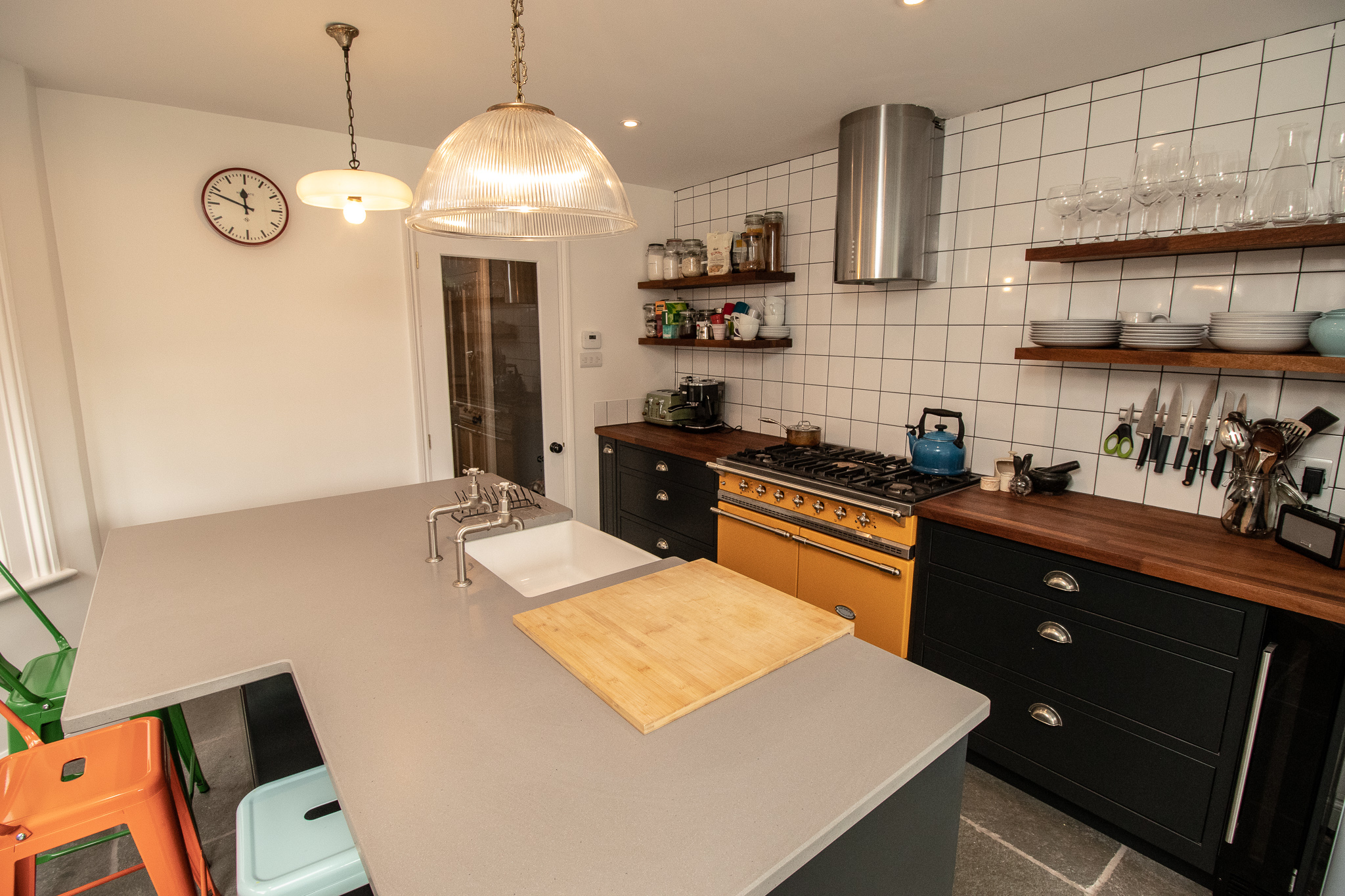 KITCHEN ISLAND, SQUARE TILE, SMEG COOKER.jpg