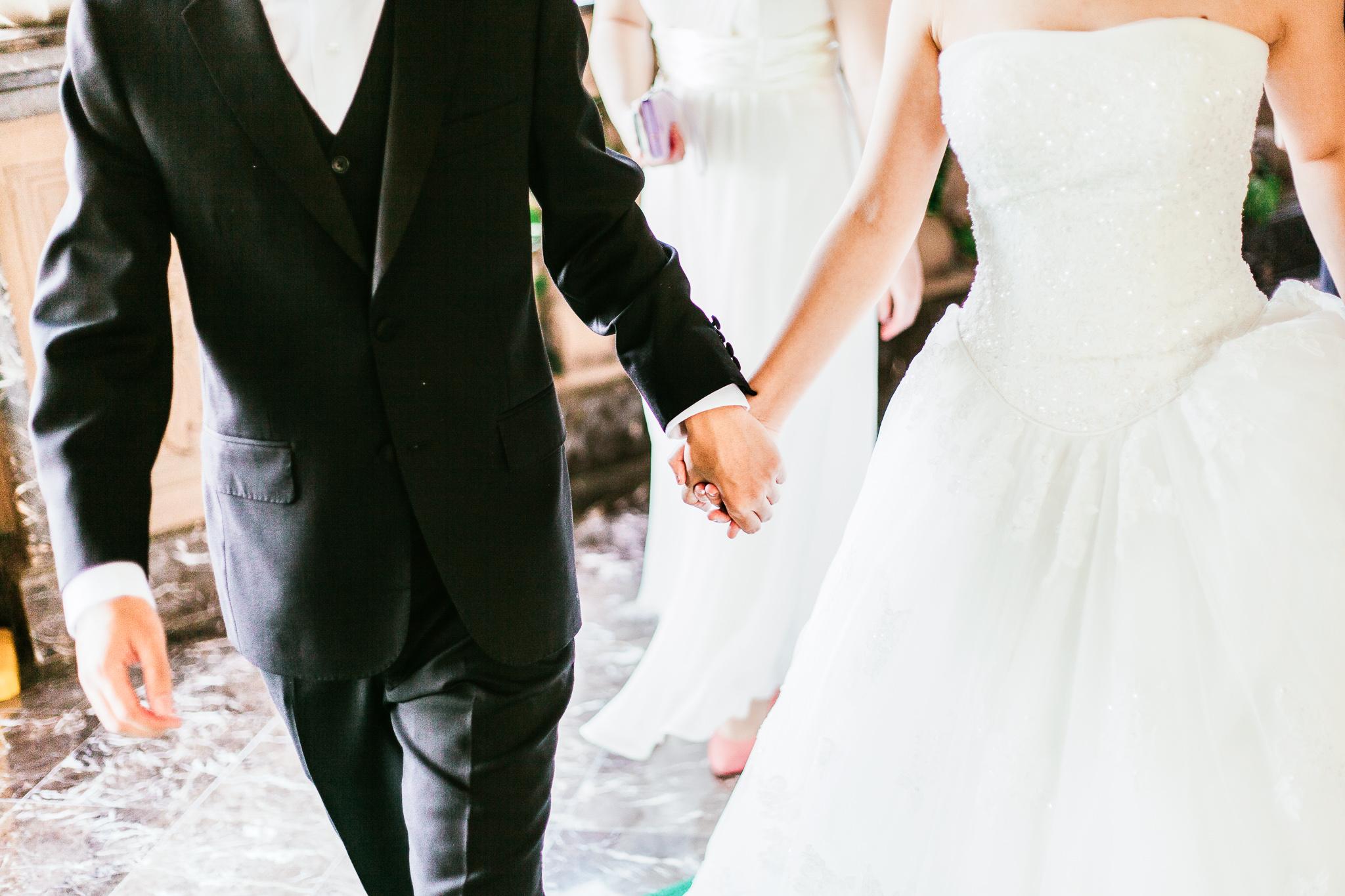 adult-bridal-bride-1043902-3.jpg