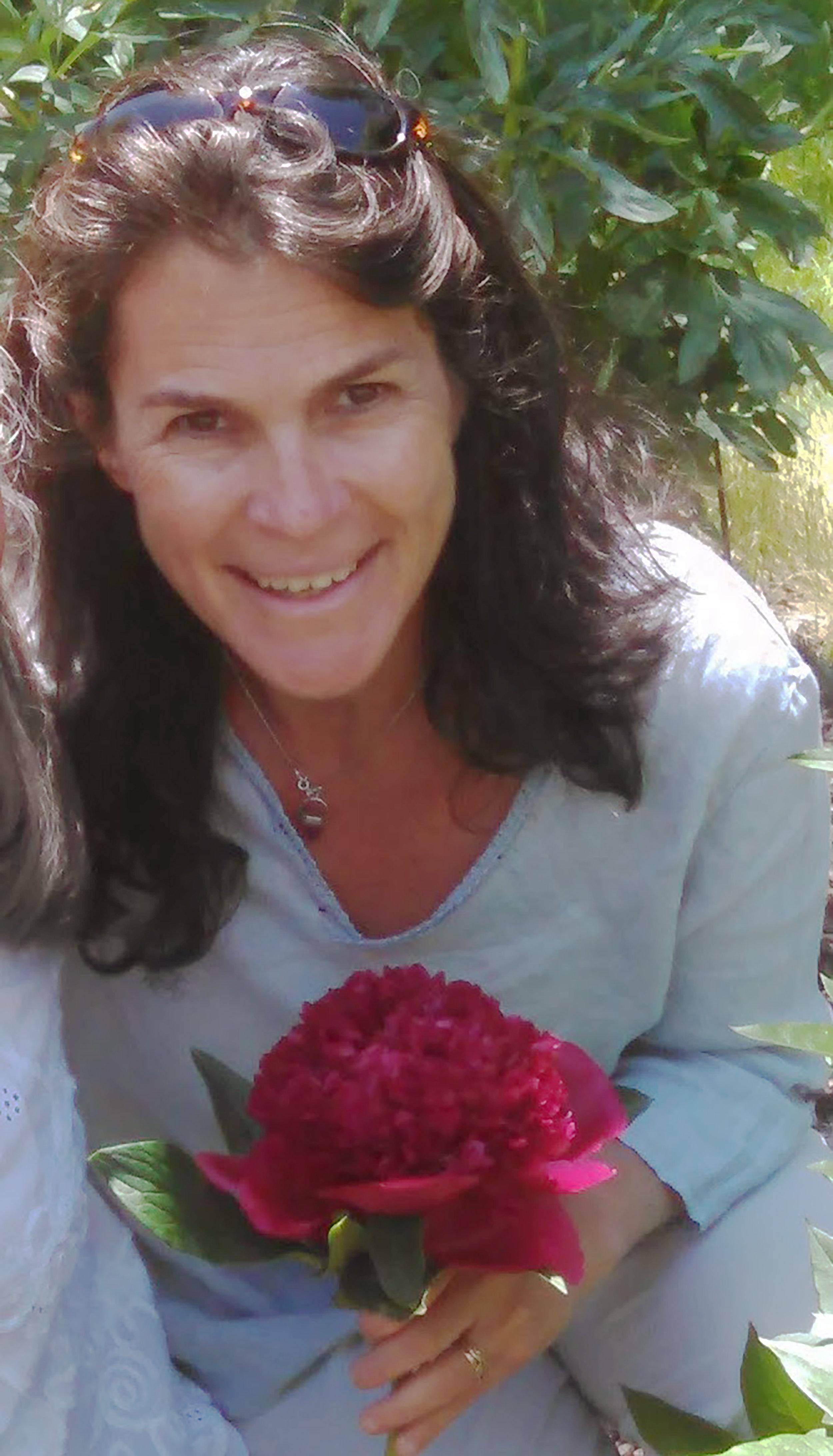 Yana Salomon - Shiatsu Therapist