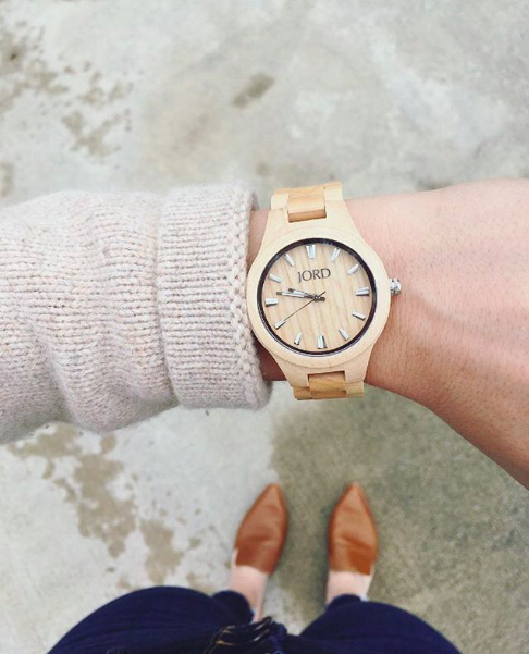 LOVE the blonde wood with the cream colored sweater.