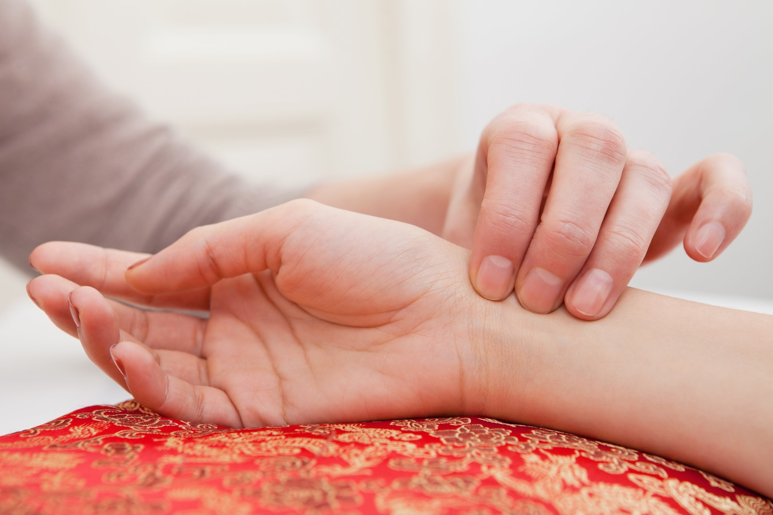 Embody-Balance-acupuncture-palpation-pulse dig.jpg
