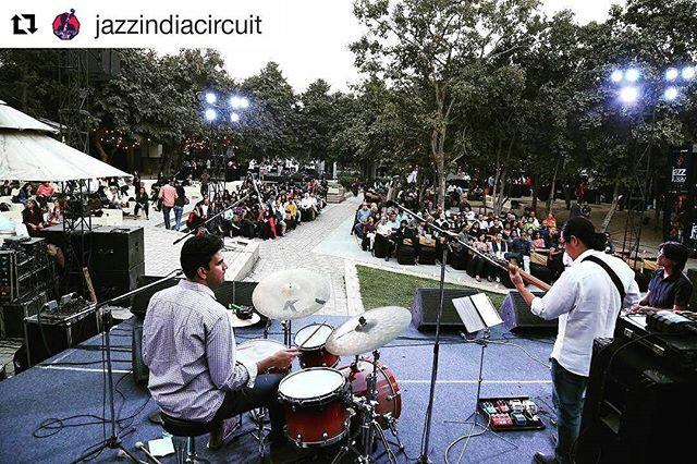 Aman Kartikeya Pranai at Jazz Utsav 2017 ・・・ Outstanding compositions of the immensely talented Aman Kartikeya Pranai Trio leave the audiences spellbound at One Golden Mile. #JazzUtsav #JazzIndiaCircuit #JIC #Delhi #India #Event #amankartikeyapranai repost @jazzindiacircuit
