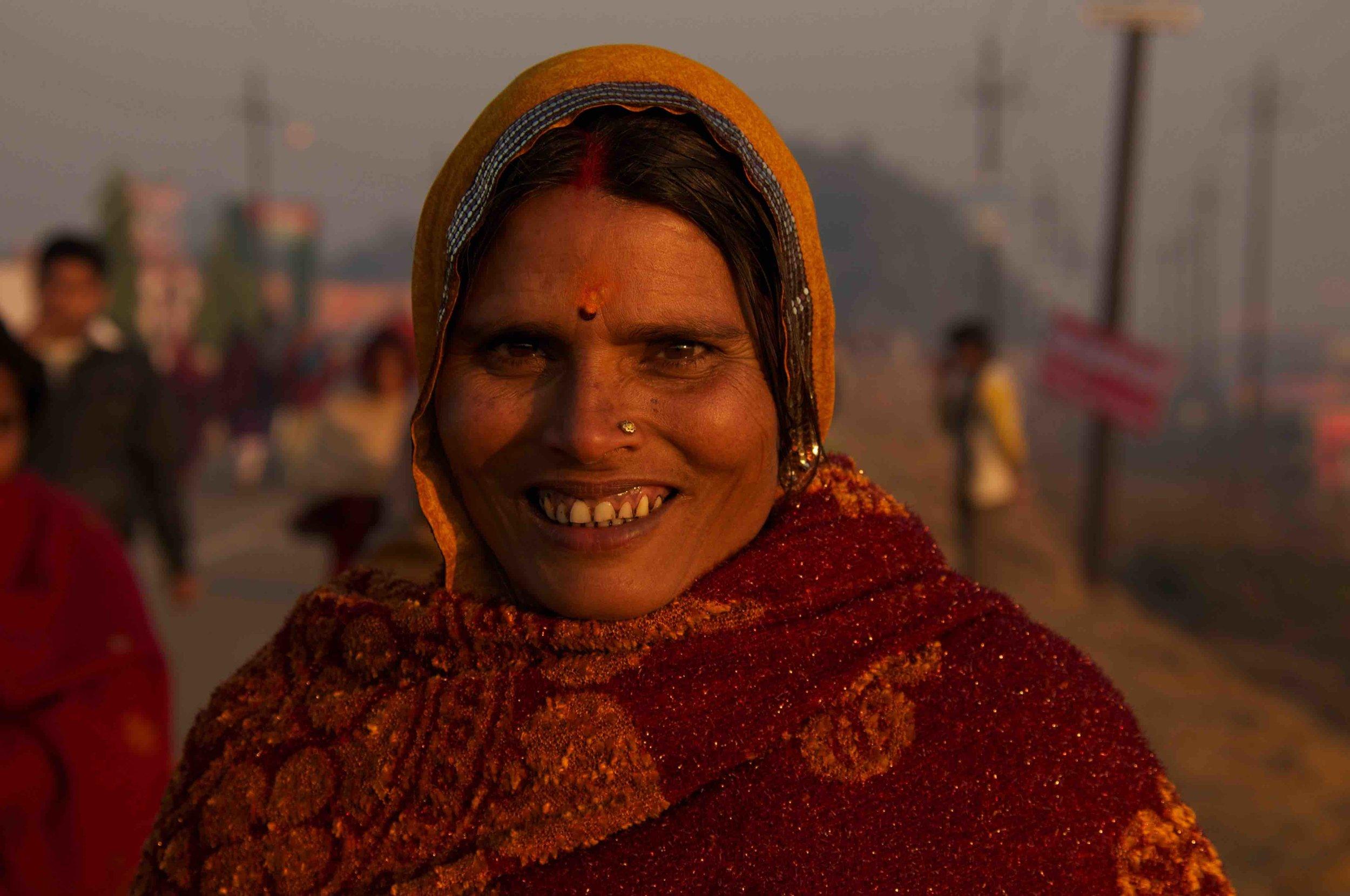 Yolanda-French-Yogalanda-Kumbh-Mela-Pilgrim-Woman.jpg