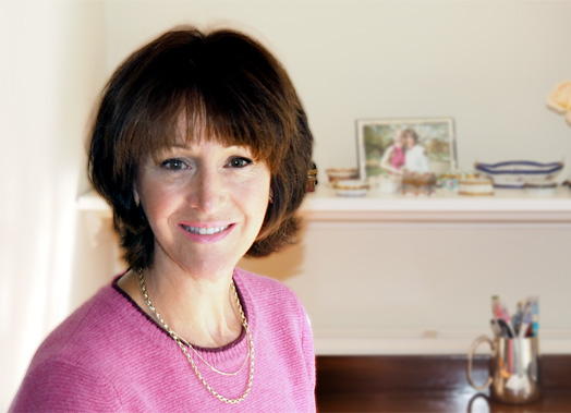 Suzie Dean - I love writing! I began twenty five years ago after attending creative writing courses at Oaklands College, St. Albans and Berkhamstead and have been scribbling ideas in note books, writing short stories and slaving over novels ever since.