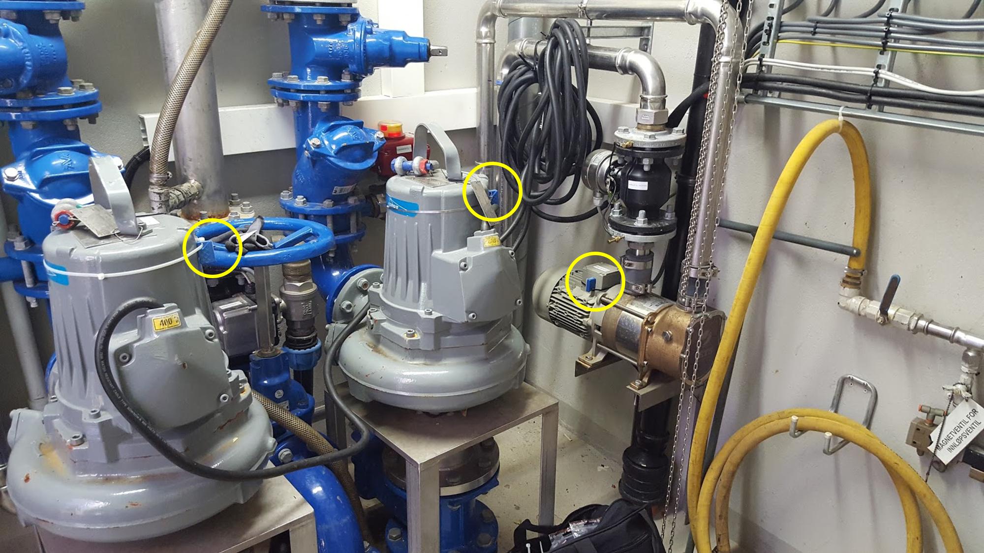 Sensorovervåking av pumpestasjon for vannforsyning. Sensorene montes på eksisterende utstyr, samler data om temperatur og trykk på vannet inn og ut av pumpestasjonene og visualiserer dette for operatører og beslutningstagere. (Foto: El-watch)