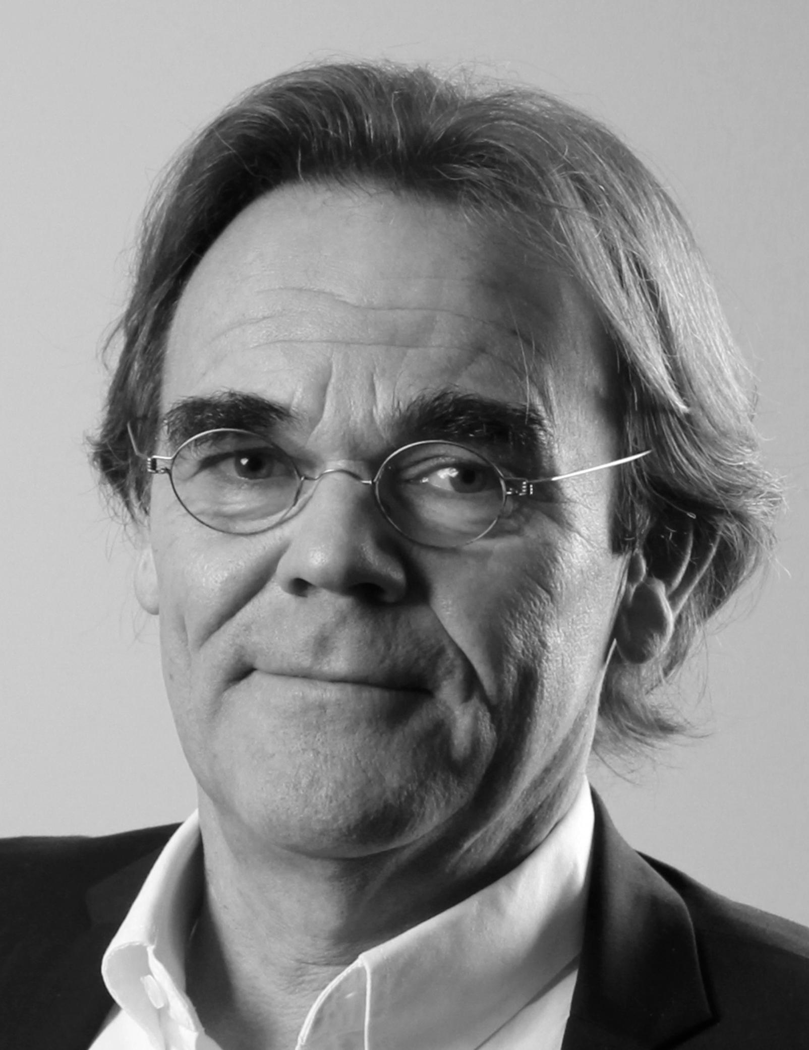 Tor Øyvind Baardsen - NHHTor Øyvind Baardsen er programdirektør for MASTRA, NHHs executive MBA i strategisk ledelse. Faglige interesseområder er strategisk analyse, iverksetting av strategi og organisering.