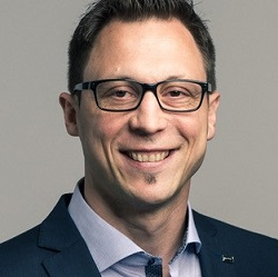 Sascha R. Bauer - Fondateur & Président Conseil d'administration The Social Mall SA / Directeur WBRG Immobilien Sarl