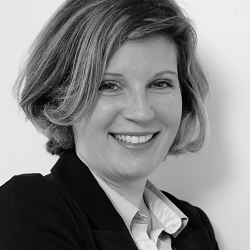Christelle Giraud - Co-directrice et associée eqlosion Sàrl