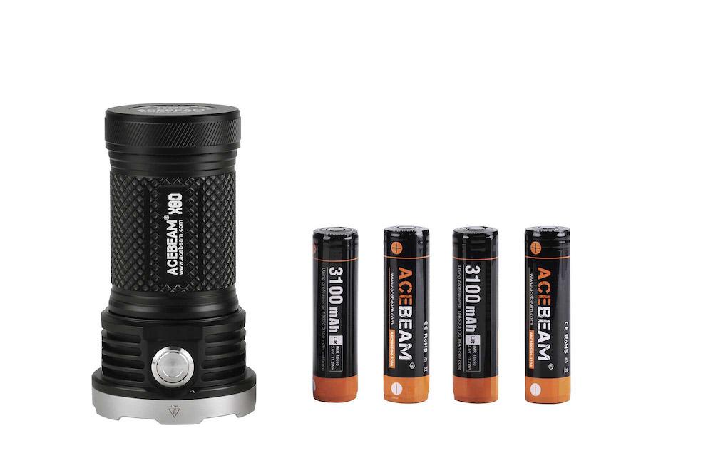 Batteries incluses - La X80 est livrée avec 4 batteries rechargeables Acebeam 18650 3100mAh - circuit de protection Mosfet intégré