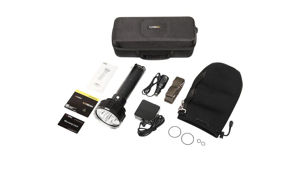 Contenu de l'emballage - Lampe X65Housse de transport et bandoulièreChargeur secteur et voitureManuel d'utilisation et carte de garantieJoints toriques de rechangeCoffret de rangement