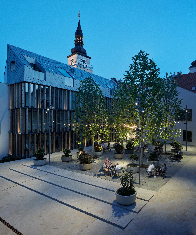 Vallo_Sadovsky_Architects_Nadvorie_BoysPlayNice_68.jpg
