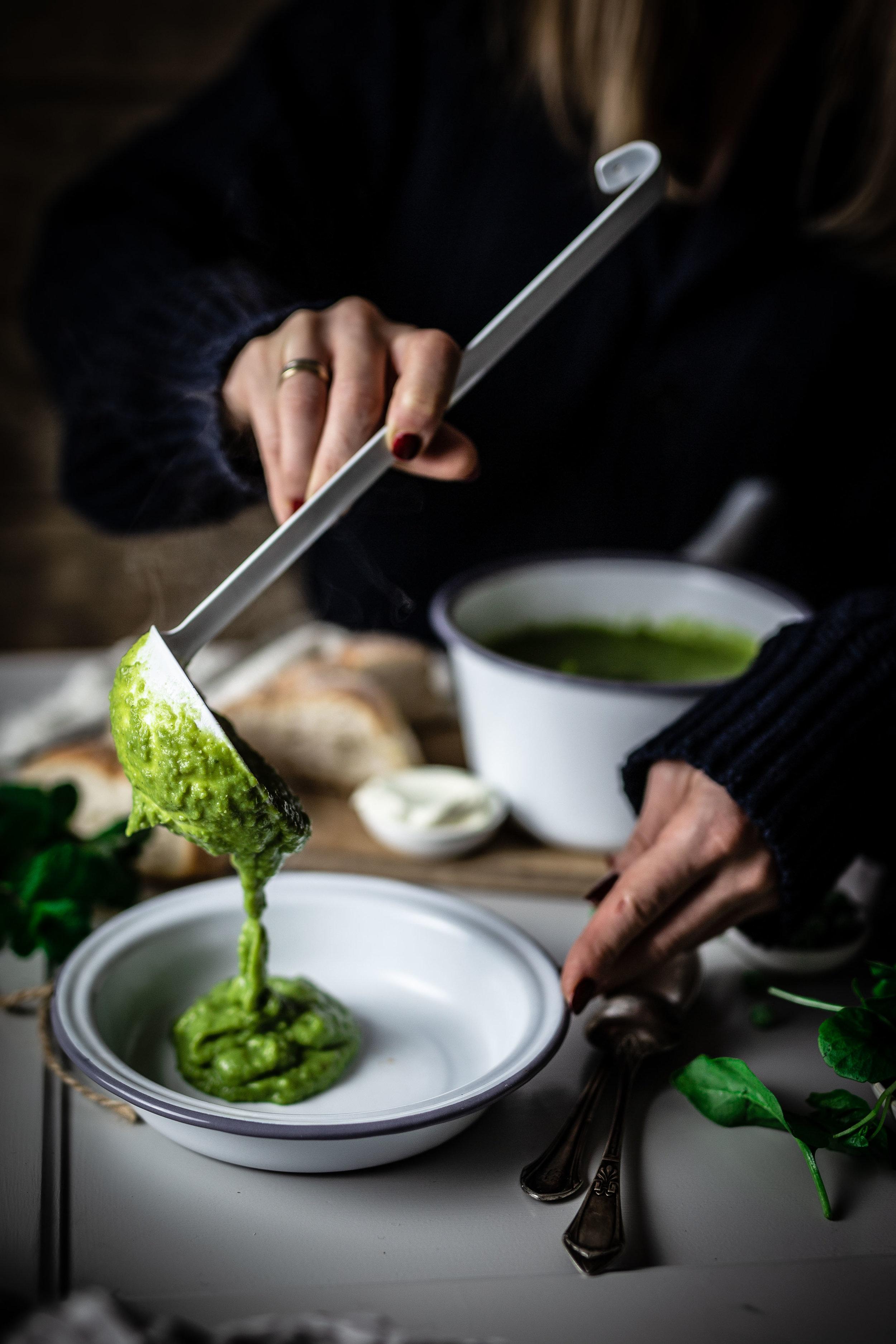 Es ist Zeit zum MIttagessen - die Suppe ist fertig…