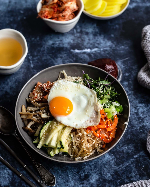 Koreanisches Bibimbap, für uns eine Schüssel pures Glück.