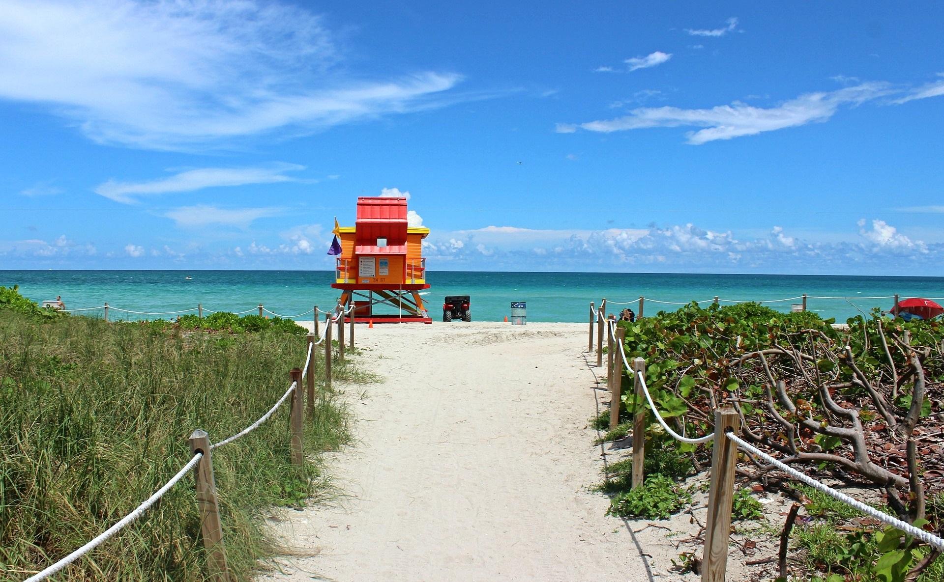 miami beach resa supreme travel.jpg