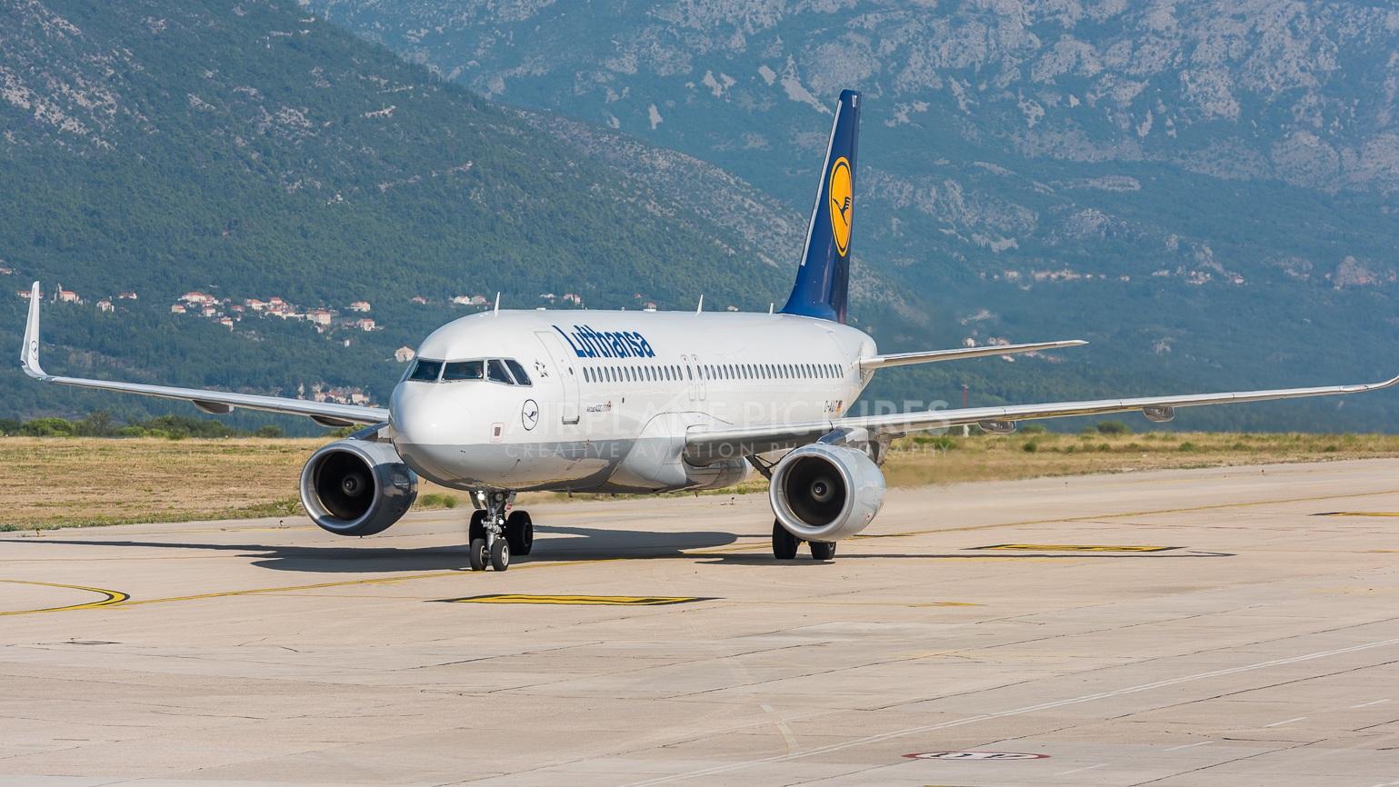 Hemresa - Flyget med Lufthansa avgår kl 16.40 och flyger med kort stopp i München. Ankomst i Göteborg är 21:10.