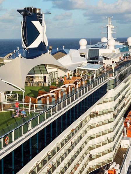Karibien - Klicka här för att söka bland samtliga kryssningar som Celebrity Cruises tillhandahåller i Karibien.