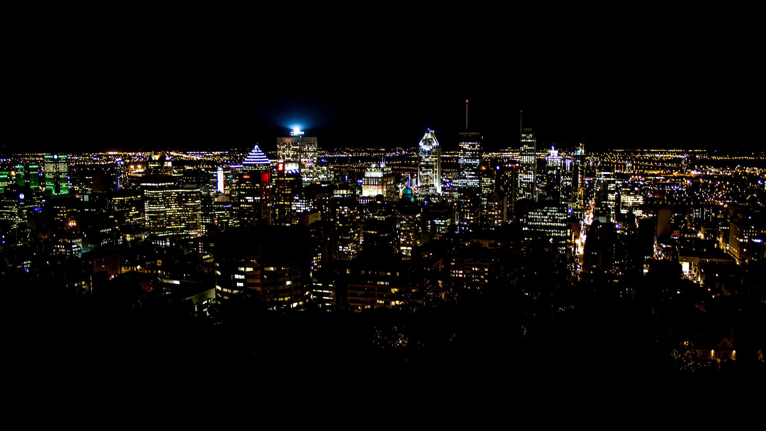 Montreal by night - Vill du uppleva allt Montreal har att erbjuda i kvällstid? Då är den här utflykten något för dig. Här får du se sevärdheter som Mont-Royal, Old Town och Festival Distrikt - för att nämna några.