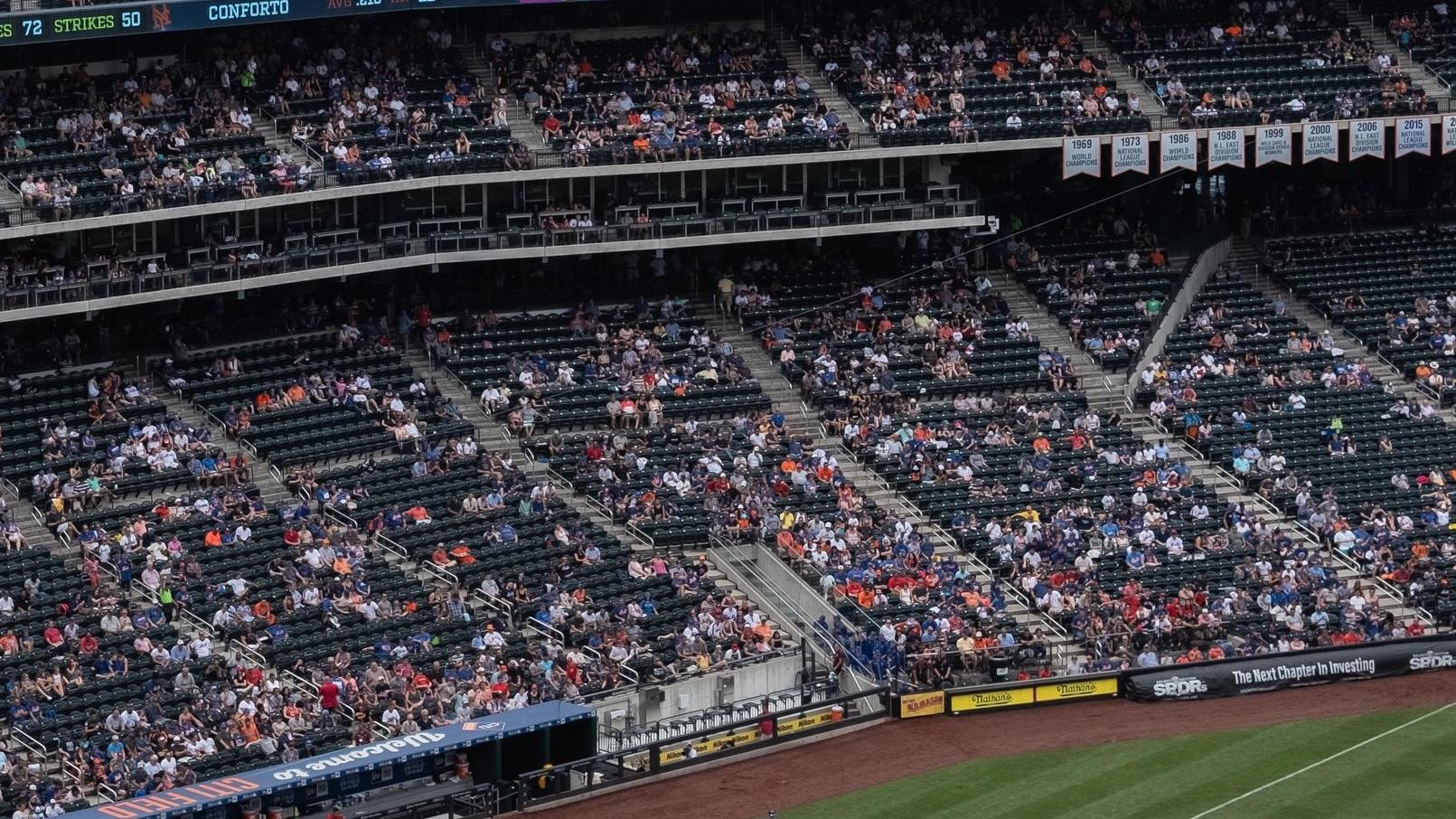 Yankee Stadium - New York City FC delar arena med Baseboll-laget New York Yankees. Arenan har en maxkapacitet på 47 309 åskådare men under MLS-matcherna tar arenan 28 743 personer. Klubben är en av de populäraste i MLS och hade ett publiksnitt på över 23 000 åskådare i fjol.