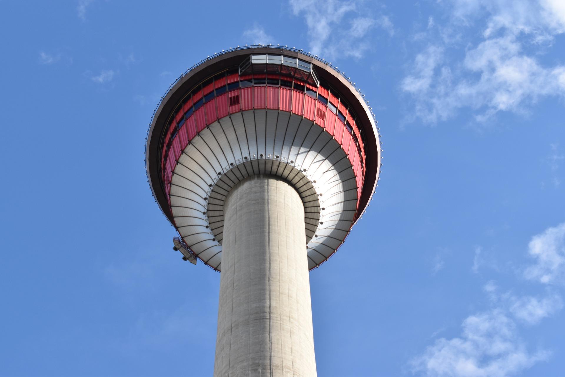 calgary-tower-4266002_1920.jpg