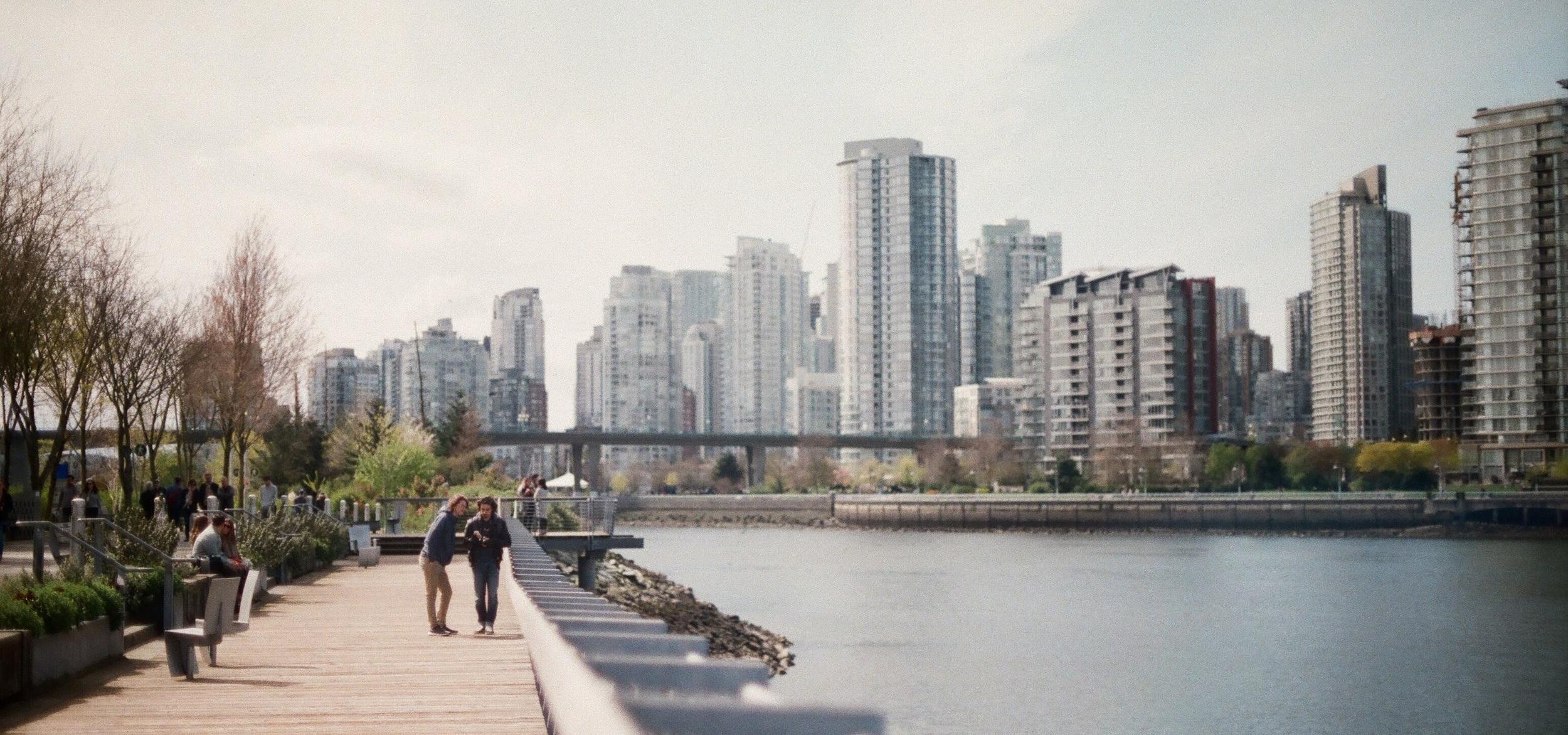 DAG 3 LEDIG DAG - På den tredje dagen på din resa till Vancouver är schemat helt tomt och du får på egen hand njuta av staden. En promenad runt Stanley Park eller en liten utflykt kanske är på sin plats. Fina platser runt om staden är Squamish, Vancouver Island och skidorten Whistler.