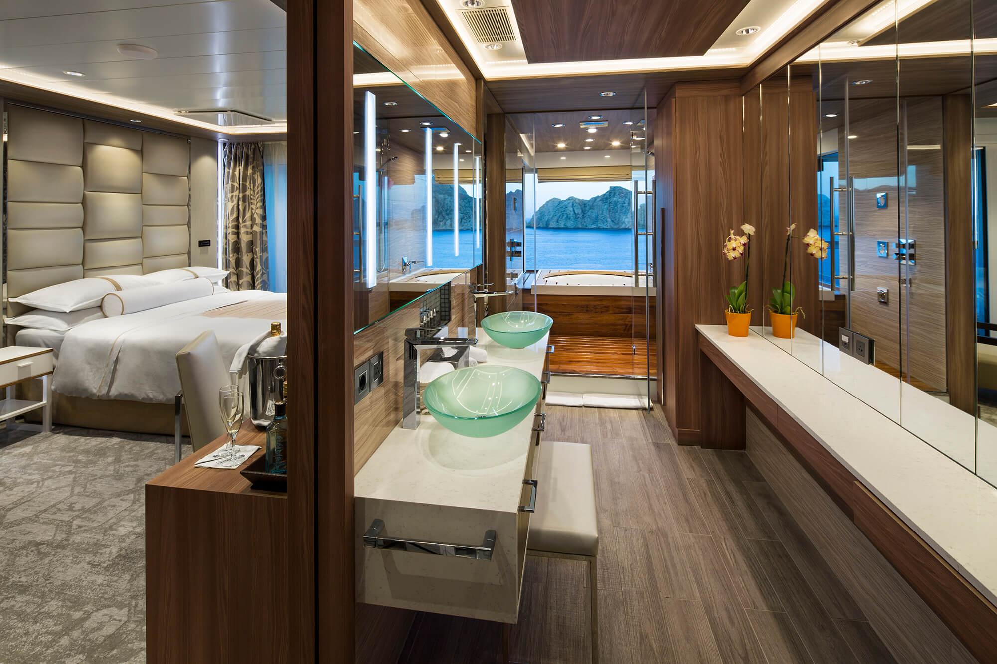 club_spa_suite_bathroom.jpg