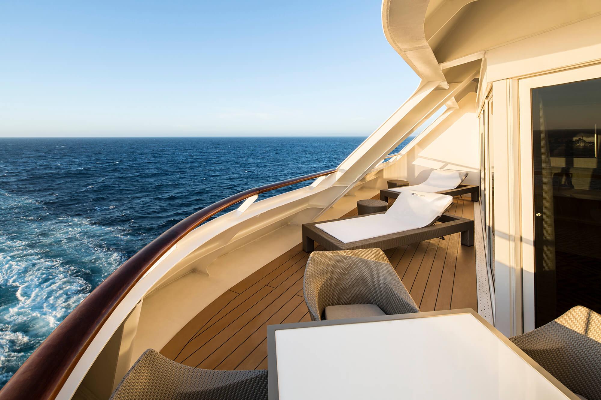 club_world_owner_suite_balcony.jpg