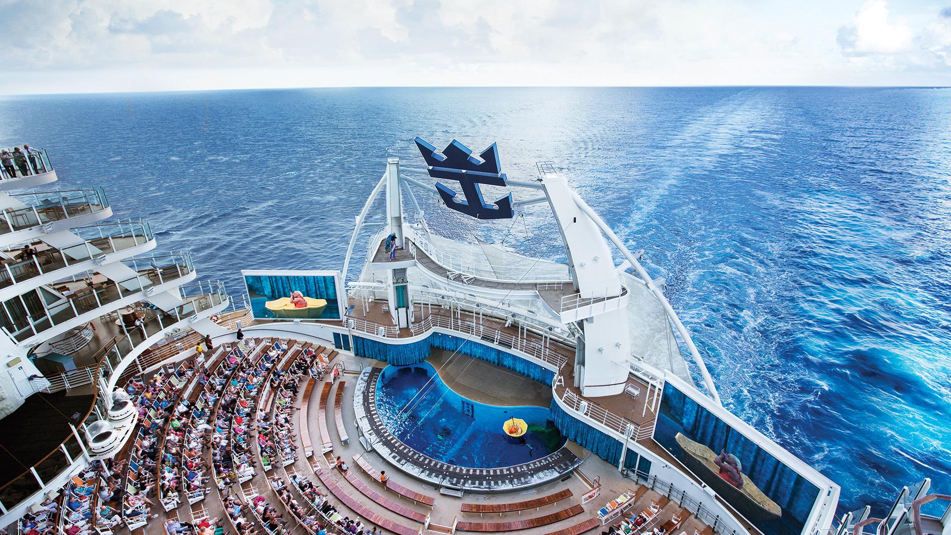 Sju nätter med Oasis of the Seas i Karibien - Från 8 211 kronor per person får du mellan 16-23 februari uppleva det bästa östra Karibien har att erbjuda. Labadee, Charlotte Amalie och San Juan är hamnarna som besöks. Under tiden färdas du med världens största kryssningsfartyg - fullproppad av innehåll.