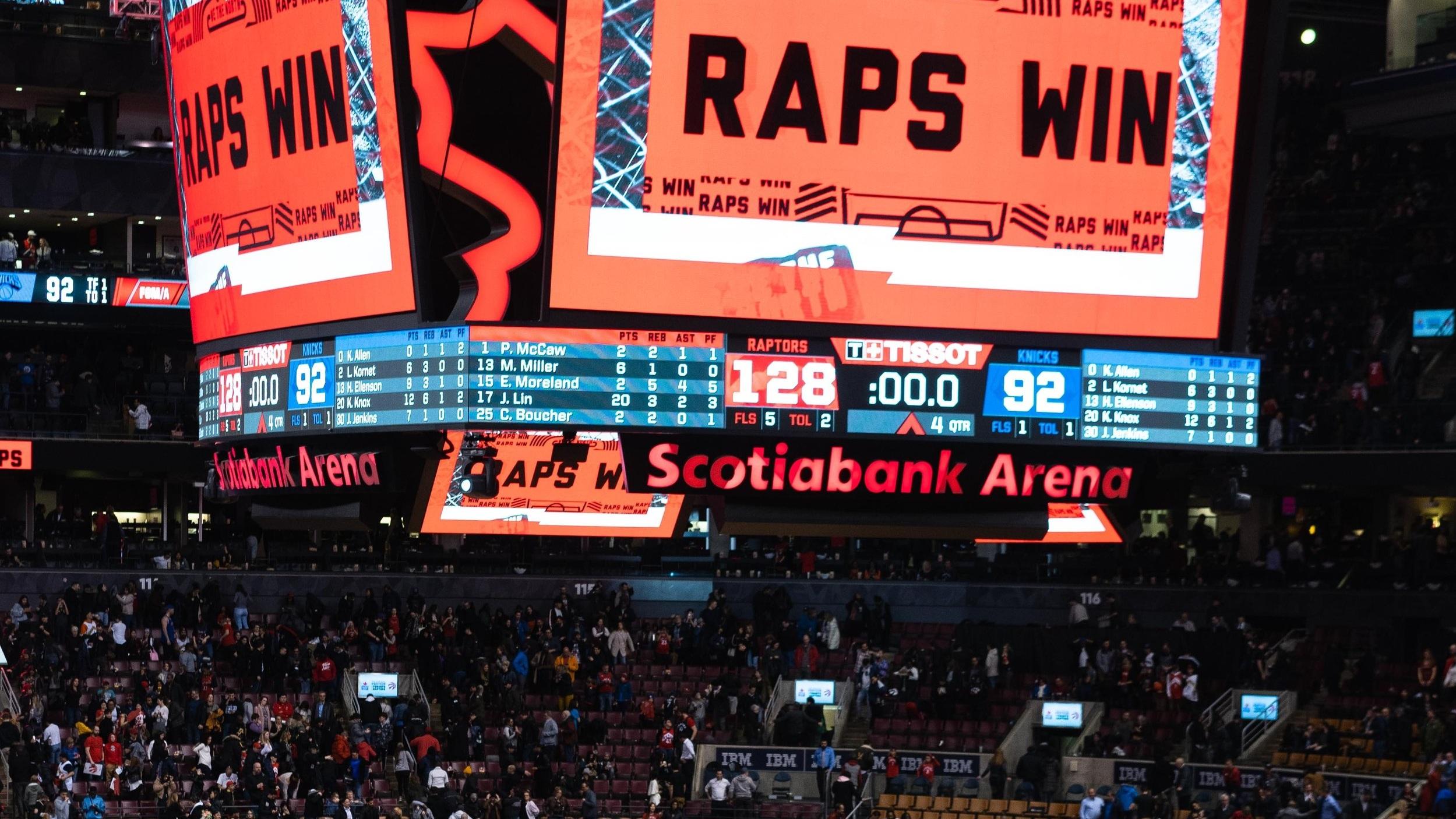 Scotiabank Arena - I många år hette den Air Canada Center men arenan bytte inför säsongen 2018/2019 namn till Scotiabank Arena. Multiarenan hemmaborg åt såväl Raports som NHL-laget Toronto Maple Leafs. Den har en publikkapacitet på 19 800. Från Union Station kan man ta sig till arenan med buss och tåg och via arenans hemsida finns ett verktyg för att planera sin resa dit utifrån var man bor i staden.