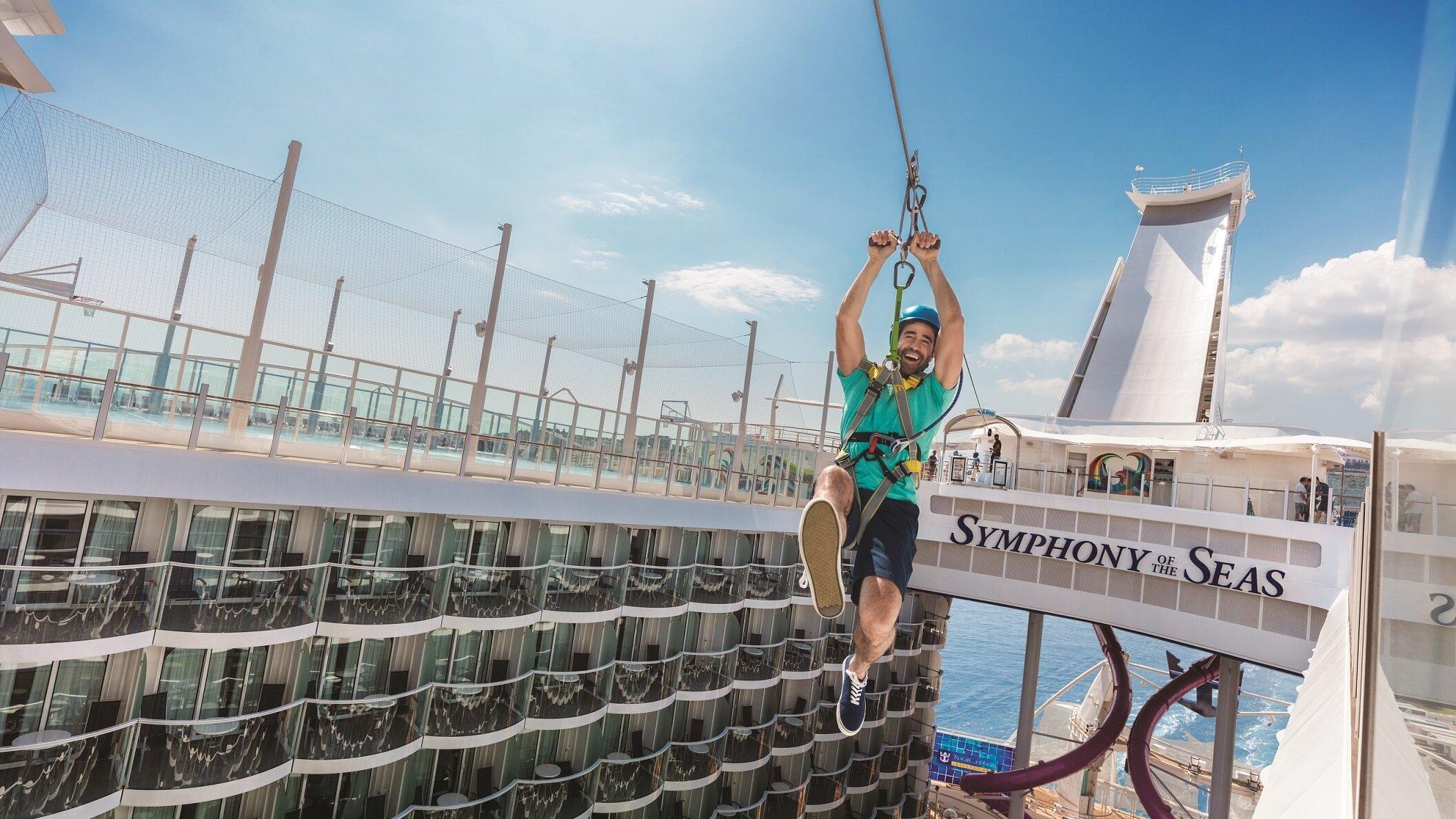 Fartfyllda Symphony Of the Seas - Världens största kryssningsfartyg. Klicka här för att se alla våra rutter med denna gigant.