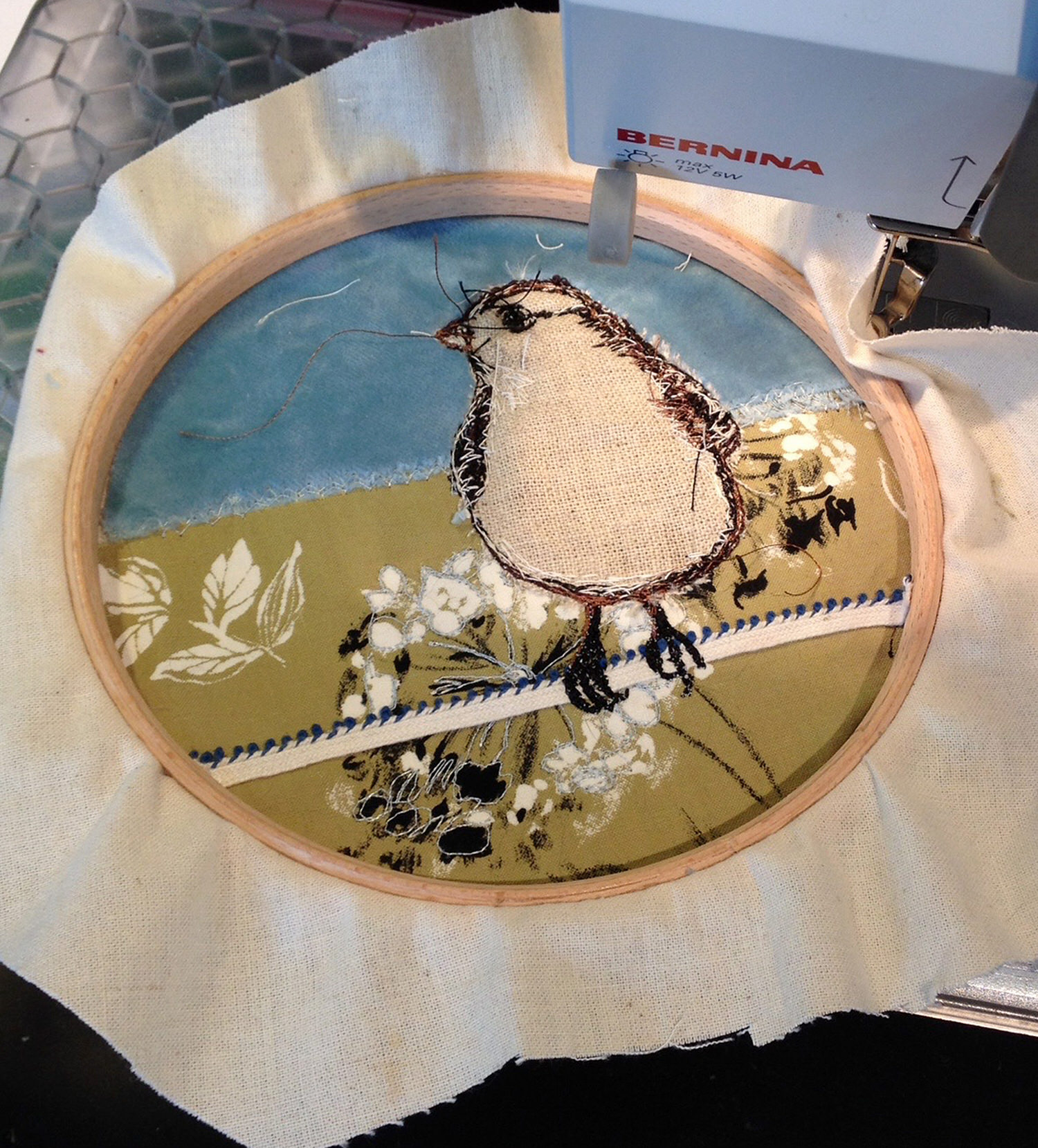 Hoop Embroidery bird.jpg