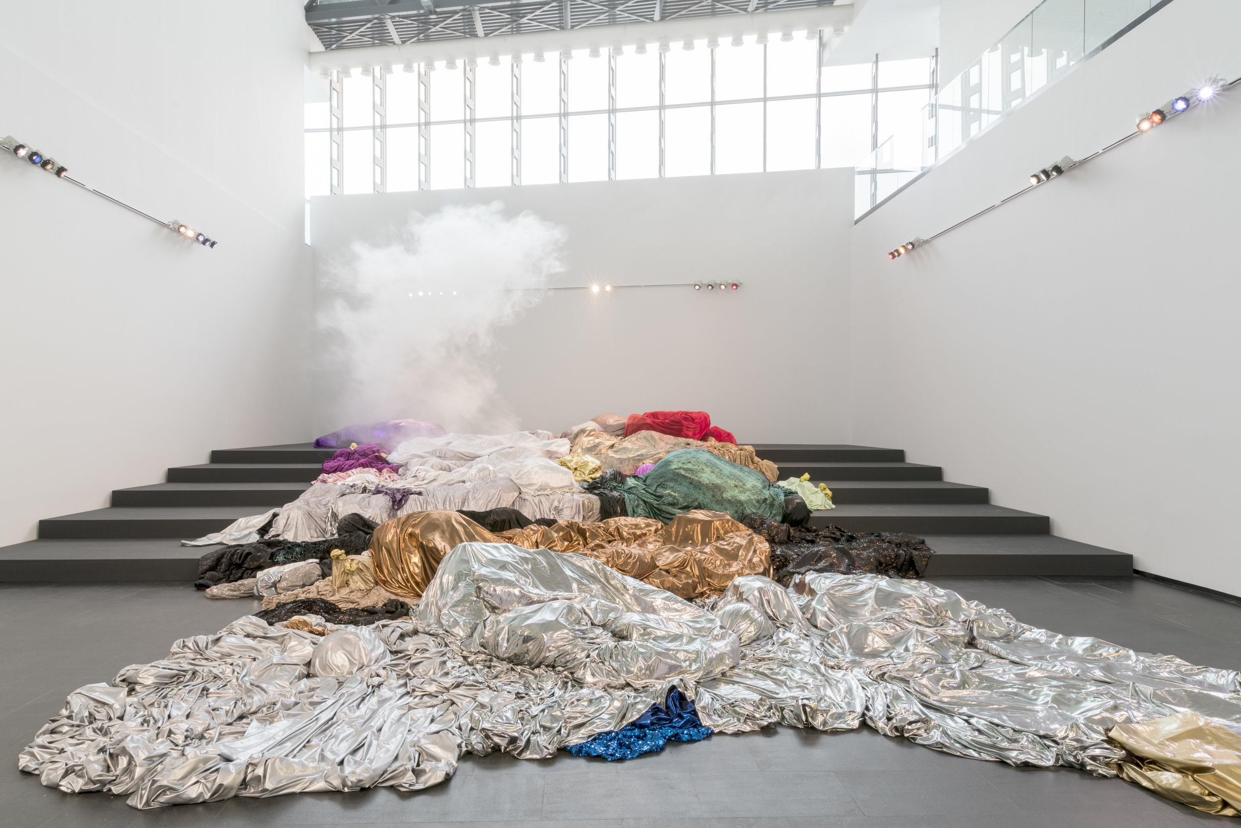 Querer Parecer Noche -  Centro de Arte Dos De Mayo