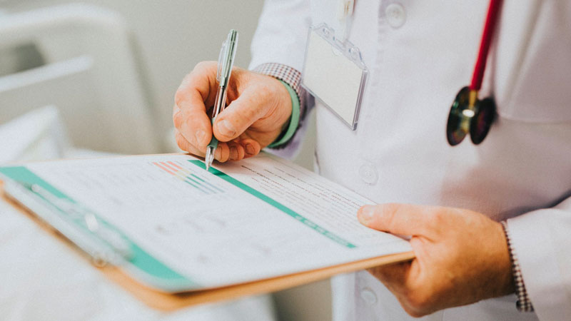 Enhance Documents - With less time spent on manual transcription, doctors can create in-depth HIPAA compliant patient documents. This is due to the built-in library of over 90 medical specialty and subspecialty vocabularies with 99% accuracy and regional accent support.