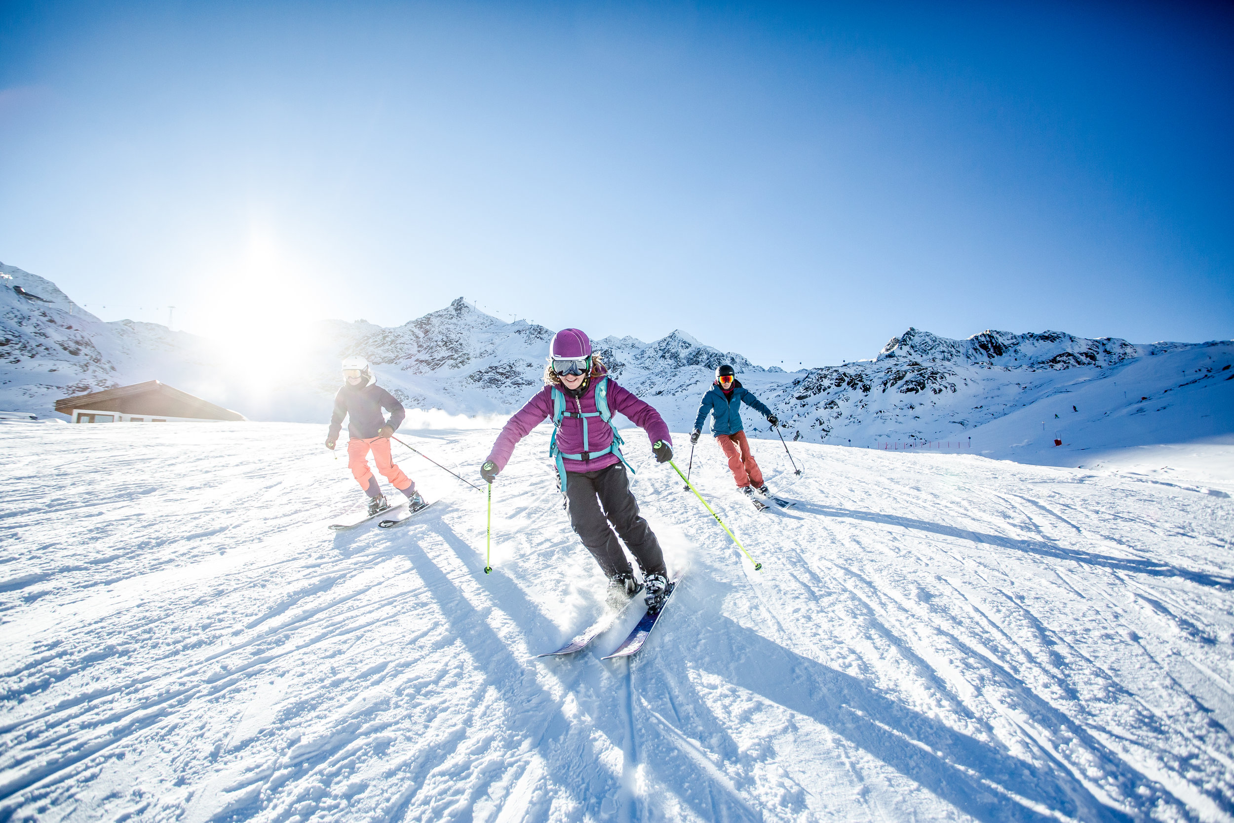 Awareness of movement and improvement of technical skills, make it easier to ski.The beauty of nature supports this experience on- and off-piste. -
