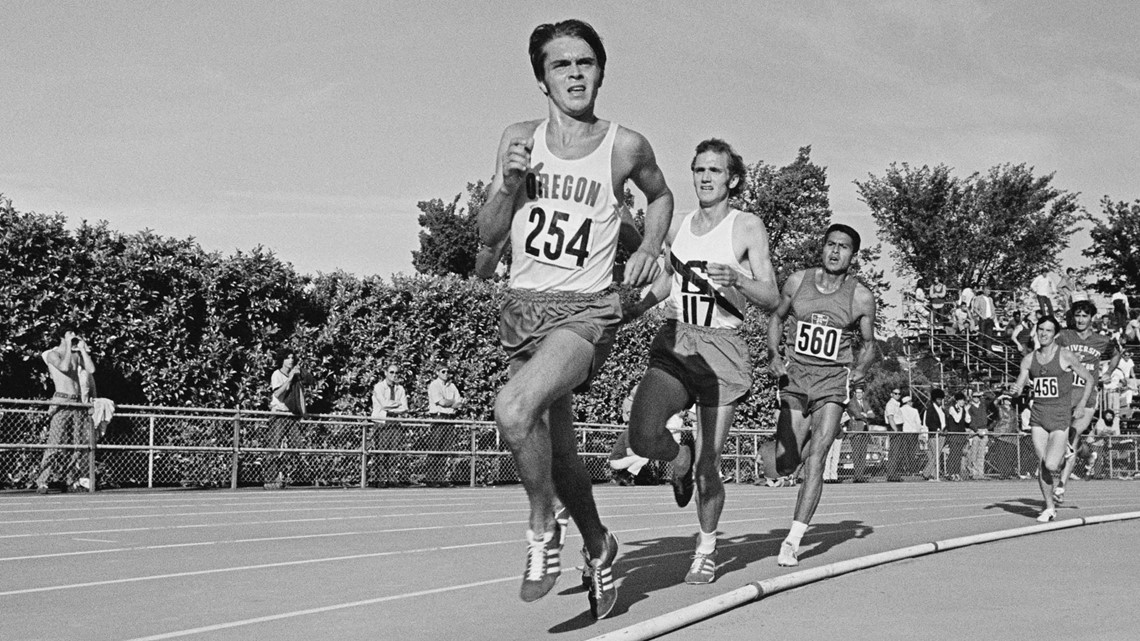 Steve Prefontaine #254 leads the field during the 3 mile race at the AAU Championships on 25th June 1971 at Hayward Field, Eugene, Oregon, United States