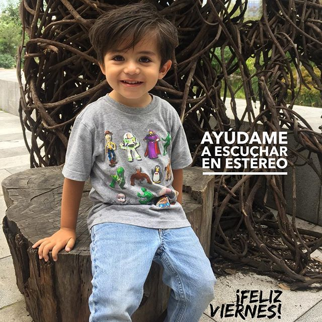 Tu puedes ayudar a Andrés a escuchar en estéreo. 💙🎧 Dona aquí ⬇️ https://es.gofundme.com/andres-en-estereo Feliz Viernes!  #gofundme #elamorseescucha #microtia #atresia #microtiaatresia