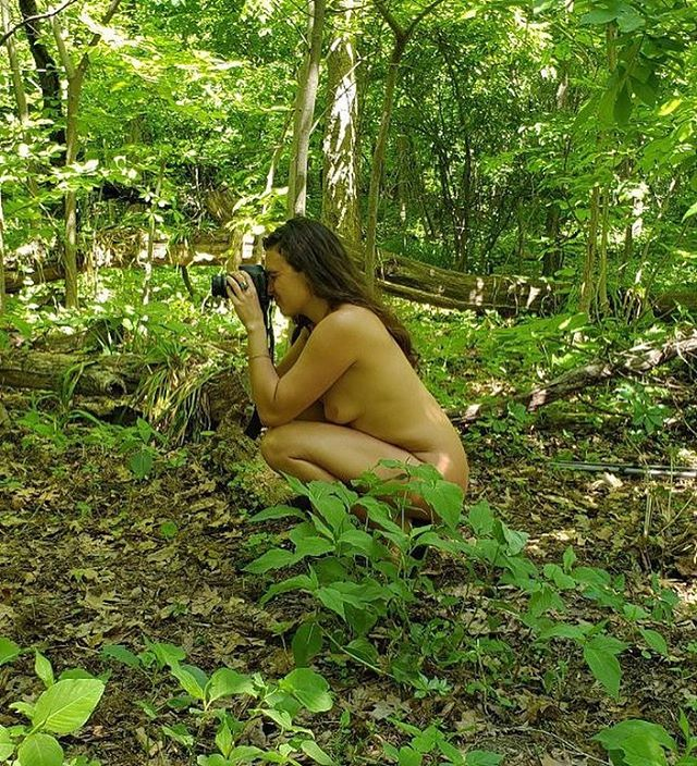 Elsa is a nude in nature fine art photographer based in New York City. She has exhibited around the country and her work is continually growing. She has been shooting herself, friends, acquaintances, and anyone who loves to be naked in nature for many years. As time progresses, her work has grown along with her vision. The ongoing theme and motivation behind the work is to highlight the inherent connection that we have with the earth, to remind us that we, as humans, must respect, honor, and care for the land that is our home, for we are all one. The photographs are taken in nature, void of any manmade objects in order to create a timeless, universal aesthetic. ⠀⠀⠀⠀⠀⠀⠀⠀⠀⠀⠀⠀⠀⠀⠀⠀⠀⠀⠀⠀⠀⠀⠀⠀⠀⠀⠀⠀⠀⠀⠀⠀⠀⠀⠀⠀⠀ @elsamariekeefe captured by @adamschwietert during a photoshoot in Inwood Park, NY ⠀⠀⠀⠀⠀⠀⠀⠀⠀⠀⠀⠀⠀⠀⠀⠀⠀⠀⠀⠀⠀⠀⠀⠀⠀⠀⠀⠀⠀⠀⠀⠀⠀⠀⠀⠀⠀ #bodypositive #selflove