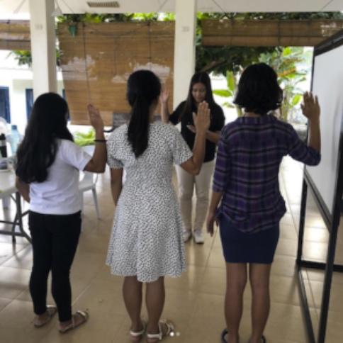 Peer Leaders Taking Their Oath